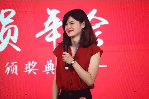 上海UI校区的获奖学员李若羽.jpg