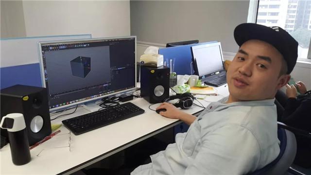 皇冠现金学员 鲁新宇:从流水线工人到影视后期合成师的蜕变.jpg