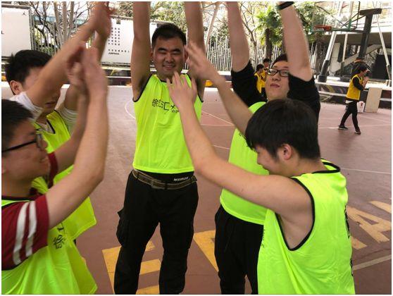 皇冠现金上海徐汇游戏校区学员精彩日常之精彩篮球赛.jpg