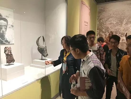 汇众教育郑州软件校区参观河南省博物馆.jpg