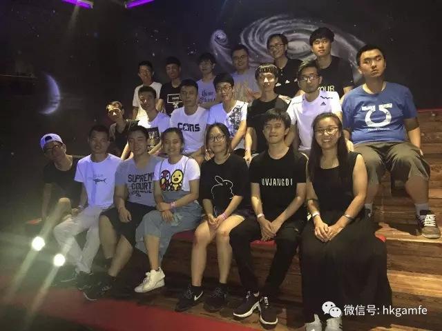 汇众教育上海虹口游戏校区在CX-81005班级拓展活动1.jpg