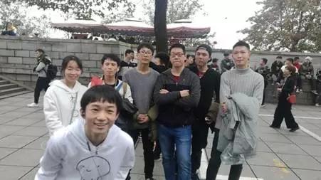 汇众长沙校区爬山吃鸡日记 (6).jpg